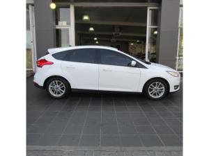 Ford Focus hatch 1.0T Trend - Image 2