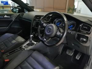 Volkswagen Golf R auto - Image 10