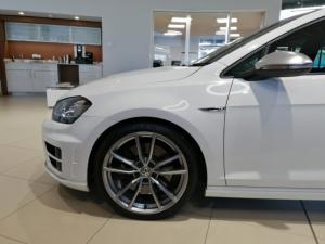 Volkswagen Golf R auto - Image 4