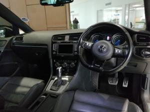 Volkswagen Golf R auto - Image 9