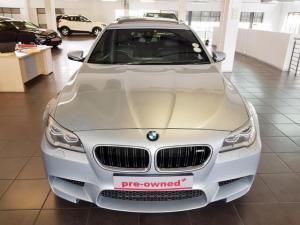 BMW M5 - Image 2