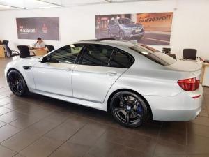 BMW M5 - Image 5