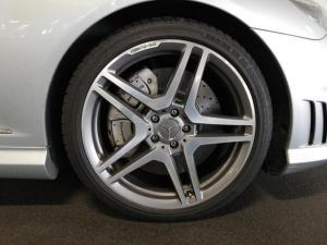 Mercedes-Benz CL CL65 AMG - Image 6