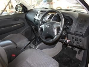 Toyota Hilux 2.5D-4D double cab Raider - Image 5