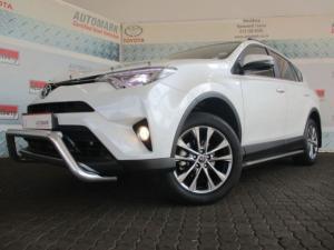Toyota RAV4 2.2D VX automatic - Image 3