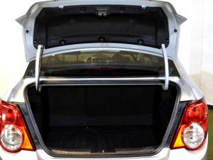 Chevrolet Sonic 1.6 LS automatic - Image 10