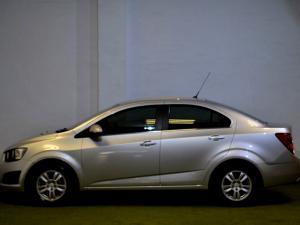 Chevrolet Sonic 1.6 LS automatic - Image 16