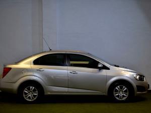 Chevrolet Sonic 1.6 LS automatic - Image 17