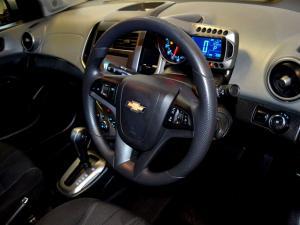 Chevrolet Sonic 1.6 LS automatic - Image 18