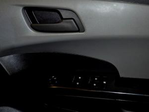 Chevrolet Sonic 1.6 LS automatic - Image 24