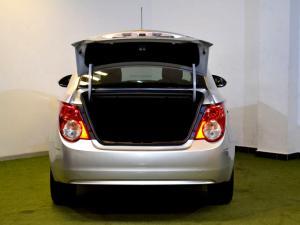 Chevrolet Sonic 1.6 LS automatic - Image 30