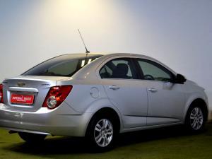 Chevrolet Sonic 1.6 LS automatic - Image 4