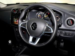Renault Sandero 900T Stepway Plus - Image 18