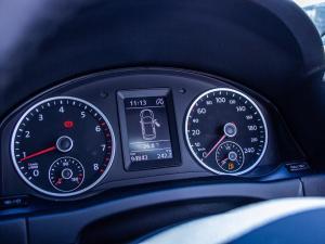 Volkswagen Tiguan 1.4 TSi B/MO TREN-FUN - Image 8