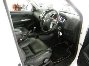 Toyota Hilux 3.0D-4D Legend 45 Raised Body automaticD/C - Image 5