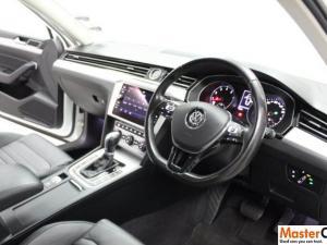Volkswagen Passat 1.4 TSI Luxury DSG - Image 3