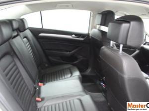 Volkswagen Passat 1.4 TSI Luxury DSG - Image 4
