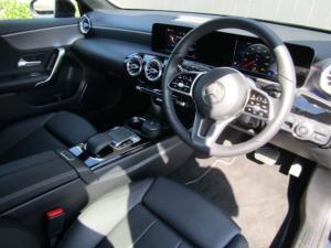 Mercedes-Benz A 200 automatic - Image 9