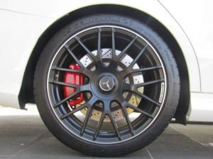 Mercedes-Benz C63 AMG S - Image 7