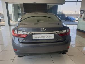 Lexus ES 250 - Image 2