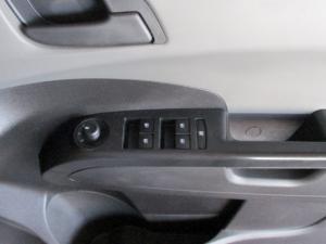 Chevrolet Sonic 1.6 LS 5-Door - Image 10