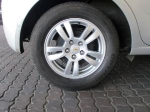 Chevrolet Sonic 1.6 LS 5-Door - Image 8