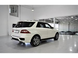 Mercedes-Benz ML ML63 AMG - Image 14