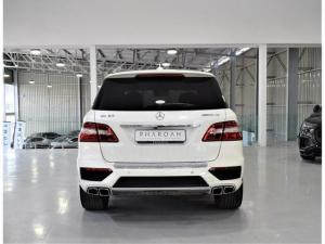 Mercedes-Benz ML ML63 AMG - Image 15
