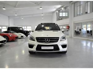 Mercedes-Benz ML ML63 AMG - Image 7