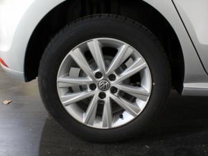 Volkswagen Polo Vivo 1.4 Comfortline - Image 21