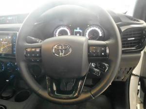 Toyota Hilux 2.8 GD-6 RB Raider automaticE/CAB - Image 8