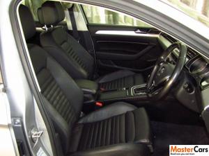 Volkswagen Passat 1.4 TSI Luxury DSG - Image 10