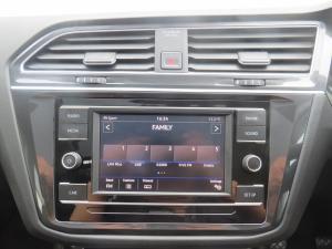 Volkswagen Tiguan 2.0 TDi Comfortline - Image 13