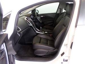 Opel Astra 1.6T Sport 5-Door - Image 11