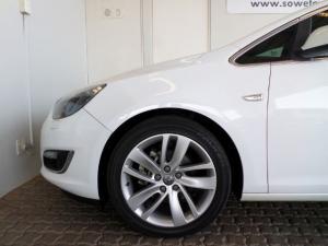 Opel Astra 1.6T Sport 5-Door - Image 14
