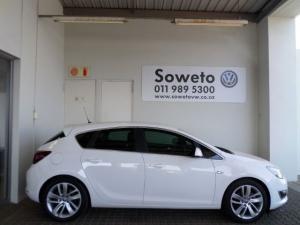 Opel Astra 1.6T Sport 5-Door - Image 15