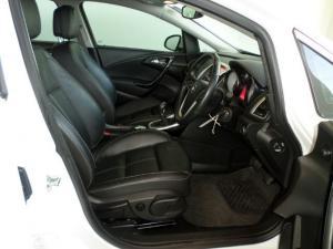 Opel Astra 1.6T Sport 5-Door - Image 2