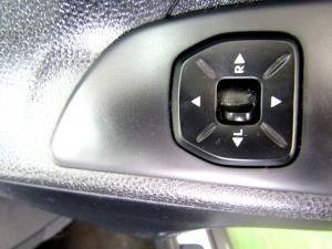 Hyundai iX35 2.0 GL/PREMIUM - Image 17