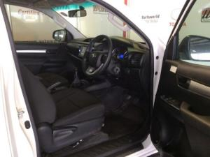 Toyota Hilux 2.4 GD-6 RB SRXS/C - Image 12