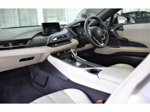 BMW i8 eDrive coupe - Image 16