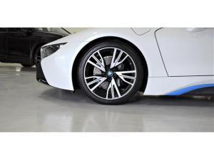 BMW i8 eDrive coupe - Image 4