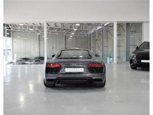 Audi R8 5.2 V10 quattro - Image 14