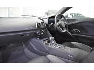 Audi R8 5.2 V10 quattro - Image 16