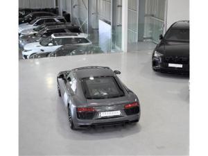 Audi R8 5.2 V10 quattro - Image 18