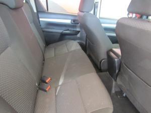Toyota Hilux 2.4GD-6 double cab 4x4 SRX auto - Image 3