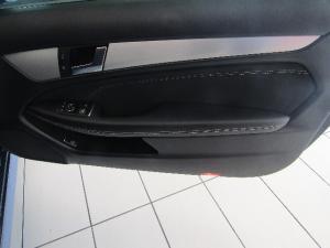 Mercedes-Benz C-Class coupé C180 BlueEfficiency coupé auto - Image 6