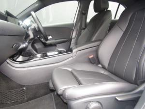 Mercedes-Benz A 200 automatic - Image 15