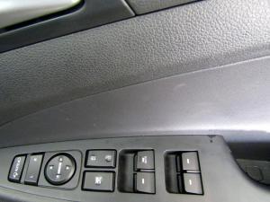 Hyundai Tucson 2.0 Crdi Executive automatic - Image 12