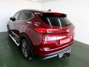 Hyundai Tucson 2.0 Crdi Executive automatic - Image 4
