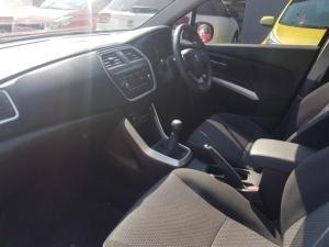 Suzuki SX4 1.6 GLX - Image 12